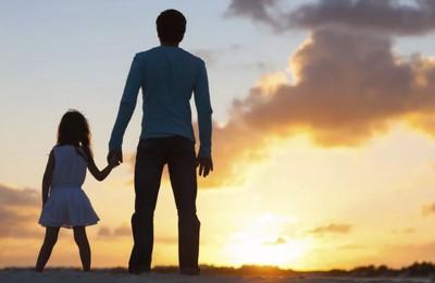 Какие выплаты положены отцу одиночке